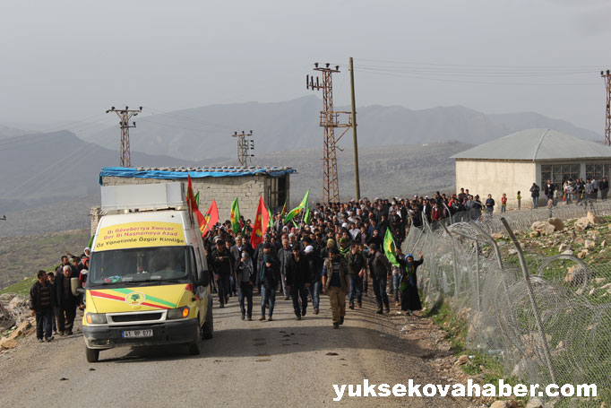 İlk Newroz ateşi Derecik'te yakıldı 45