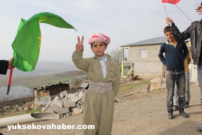 İlk Newroz ateşi Derecik'te yakıldı 46