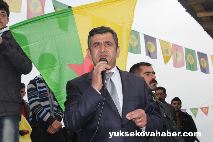 İlk Newroz ateşi Derecik'te yakıldı 48
