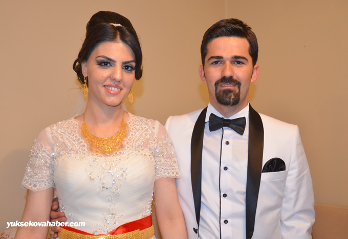 Yüksekova Düğünleri (10-11 Mayıs 2014) 1
