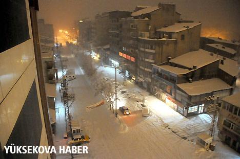 Yüksekova'da karlı bir gün 2