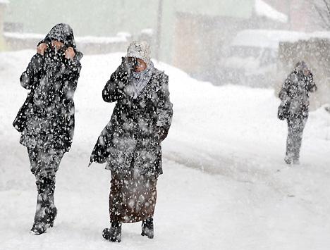 Yüksekova'da karlı bir gün 25