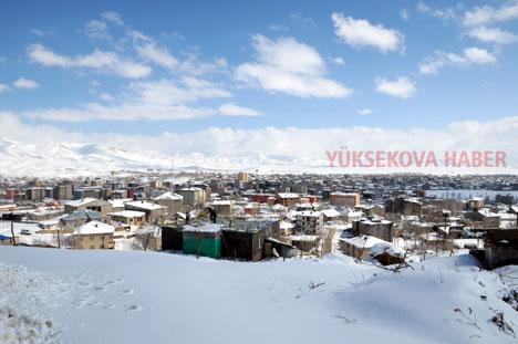 Yüksekova'da karlı bir gün 52
