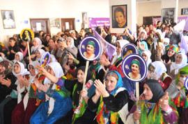 Hakkari'de kadınlar günü kutlandı