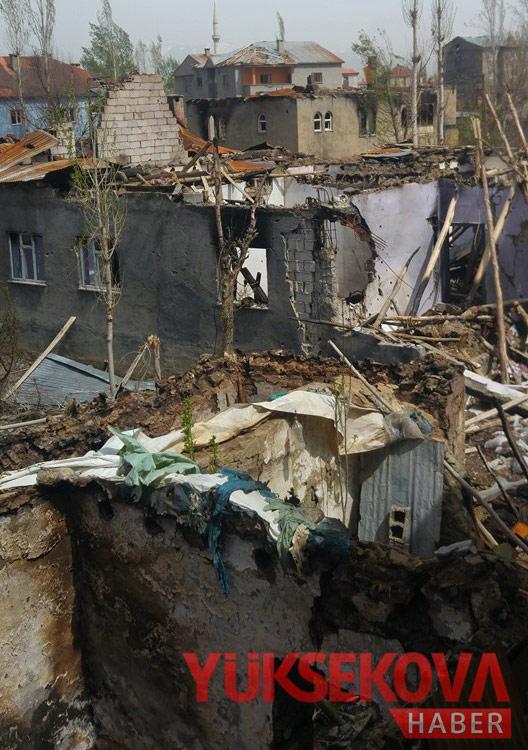 Yüksekova'da yıkımın izleri (YENİ) 1