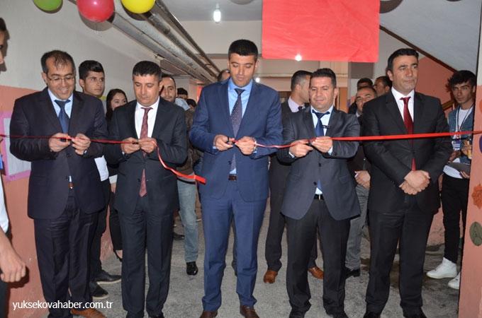 Yüksekova'da Tübitak Fuarı 1