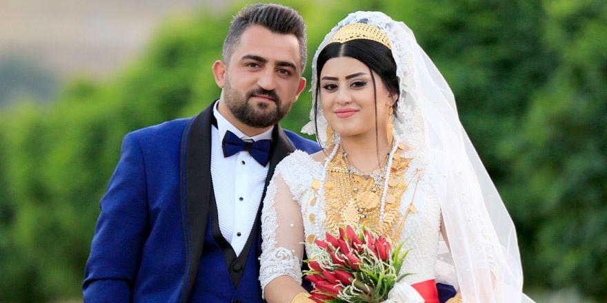 Nişan Ailesinin renkli düğünü