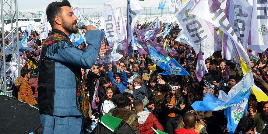 Yüksekova'da Newroz kutlaması