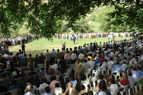 Şemdinli Belediye Başkanı Töre'ye festival gibi düğün 27