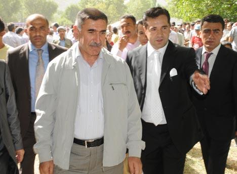 Şemdinli Belediye Başkanı Töre'ye festival gibi düğün 64