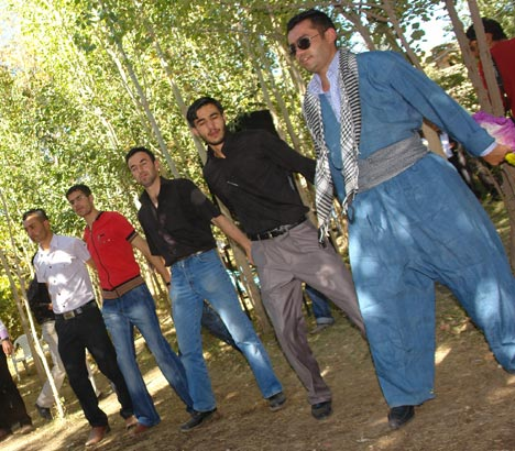 Hakkari Düğünleri (4 Ekim 2009) 19