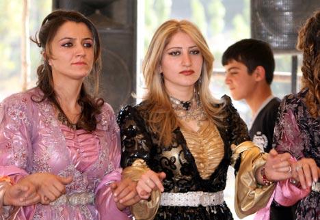 Hakkari Düğünleri (4 Ekim 2009) 35