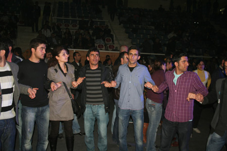 Van'da Xêro Abbas konseri 25