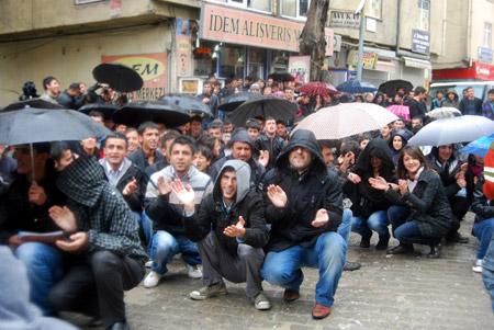 Hakkari'de 'şifre' protestosu 22