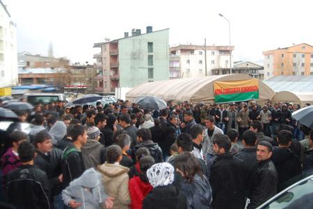 Hakkari'de 'şifre' protestosu 24