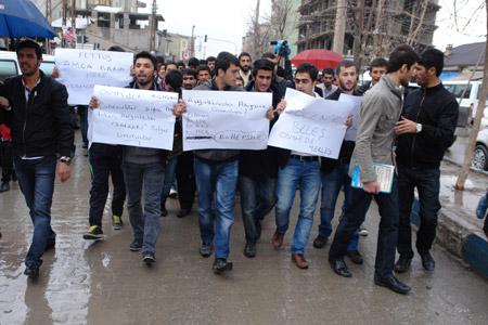 Yüksekova'de 'şifre' protestosu 1