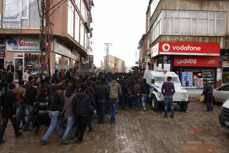 Yüksekova'de 'şifre' protestosu 3