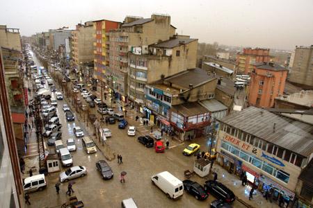 Hakkari ve Şırnak'ta toz bulutu 1