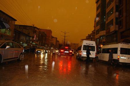 Hakkari ve Şırnak'ta toz bulutu 28