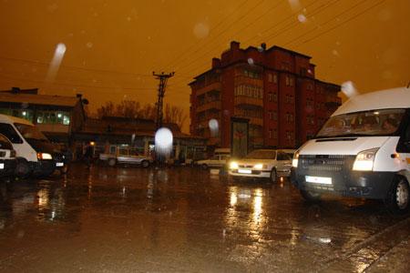 Hakkari ve Şırnak'ta toz bulutu 32