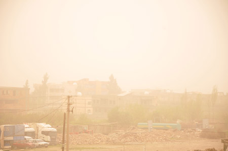 Hakkari ve Şırnak'ta toz bulutu 9