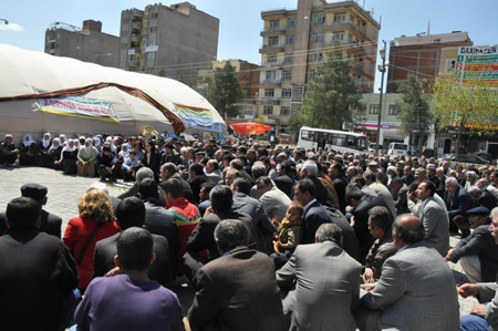 14 Nisan'a protesto, 19 Nisan'a çağrı! 23