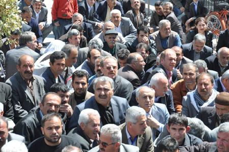 14 Nisan'a protesto, 19 Nisan'a çağrı! 8