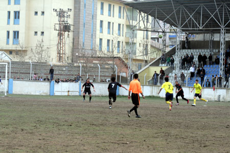Özel İdarespor (Bal) ligine yükseldi 30