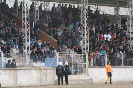 Özel İdarespor (Bal) ligine yükseldi 35