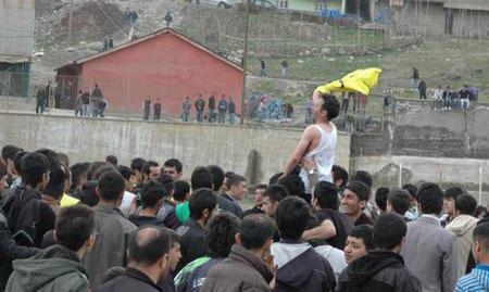 Özel İdarespor (Bal) ligine yükseldi 46
