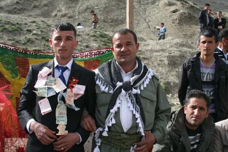 Hakkari Düğünleri 17.04.2011 17