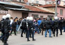 'Genç Atsızlar' Kürt öğrencilere saldırdı