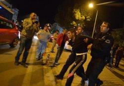 Soma'da Polis İki Gencin Kavgasına Biber Gazıyla Müdahale Etti