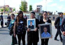 Mehmet Ayvalıtaş Davasına Gelenlerden Soma İçin Saygı Duruşu