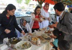 Van'daki Sağlık Çalışanlarından Soma'ya Kermesli Destek