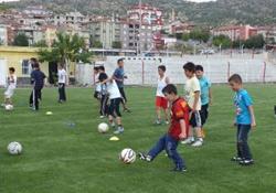Şemdinli'de Yaz Spor Okullarına Kayıtlar Başladı