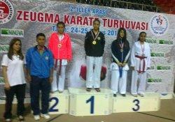 Diyarbakır Büyükşehir Belediyespor'un Karate Başarısı