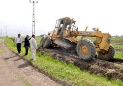 Belediye yol çalışmalarına başladı