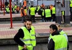 Fransa'da demiryolları çalışanları bugün de grevde