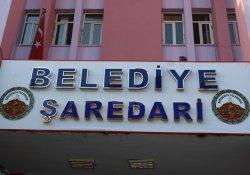 Hakkari Belediyesi'nden Türkçe - Kürtçe tabela
