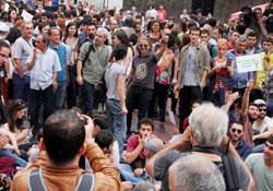 Galata Kulesi önünde ranta karşı işgal eylemi