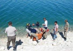 Nehre Düşen Rojavalı Çocuk Boğuldu