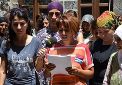 Kadın Merkezi'ne ses bombası atıldı