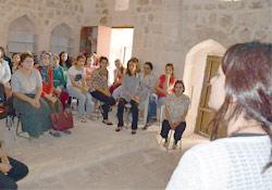 Mardin'de kadın kursiyerlere sağlık eğitimi