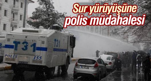 Sur yürüyüşüne polis müdahalesi