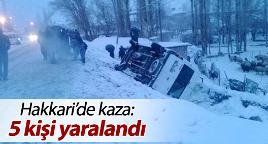 Hakkari'de kaza: 5 yaralı