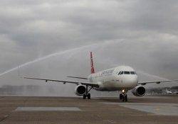 İstanbul'da 267 uçak seferi iptal edildi
