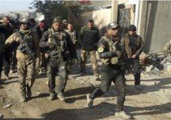 IŞİD askeri üsse saldırdı