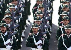 İran Devrim Muhafızları: 200 bine yakın silahlı gencimiz hazır