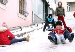 Bulanık'ta okullar tatil edildi